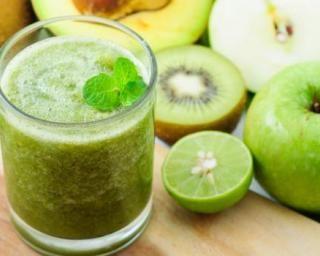 recette minceur smoothie vert moins de 200 calories pour le petit d jeuner tonique www. Black Bedroom Furniture Sets. Home Design Ideas
