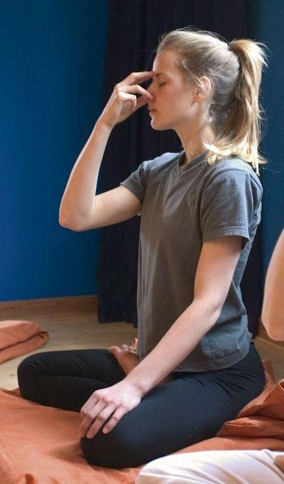 exercice du yoga 6 techniques de respiration de yoga pour la perte de poids ces exercices de. Black Bedroom Furniture Sets. Home Design Ideas
