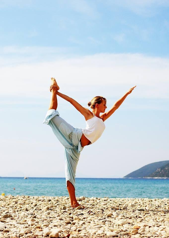 exercice du yoga la pose de natarajasana seigneur du danseur comment faire et quels sont. Black Bedroom Furniture Sets. Home Design Ideas