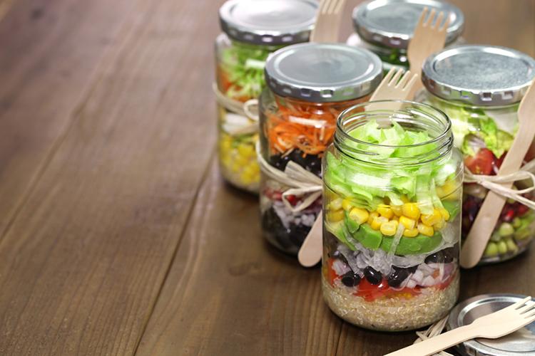 diy-skinny-salad-in-a-jar
